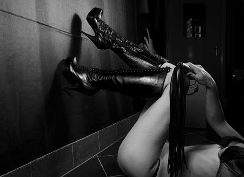 Darkroom massage